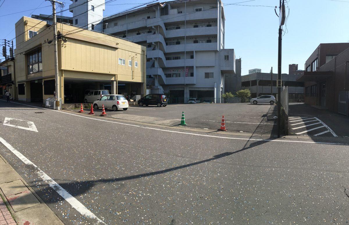 多良見郵便局横月極駐車場のご紹介!