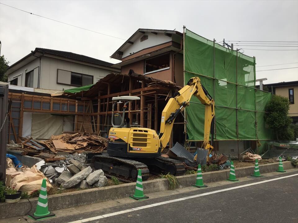 家の解体って、意外と大変。